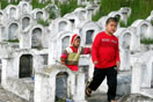 Có một nghĩa trang lạ ở Hưng Yên