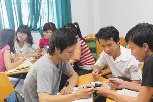 Sinh viên ưu tiên làm thêm hơn học tiếng Anh