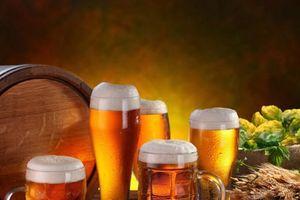 Nguy hại 'bia cỏ' đội lốt bia Hà Nội
