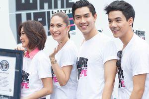 Đệ nhất mỹ nhân Thái dự sự kiện cùng stylist Việt