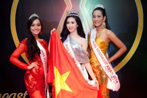 Vũ Trần Triều Thu đăng quang Hoa hậu Đông Nam Á 2014