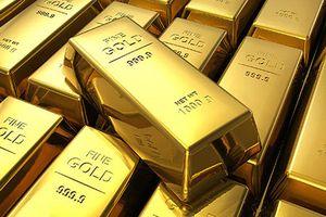Trung Quốc tăng tốc dự trữ vàng, vượt mặt Nga