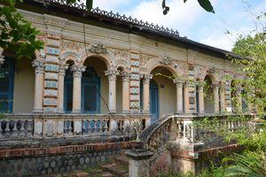 Độc đáo nhà cổ miền Tây: Ngôi nhà 3 thế kỷ