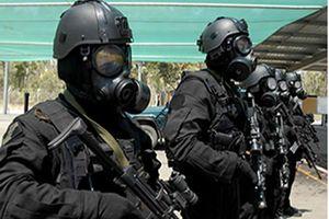 Khám phá đặc nhiệm SAS bắn nát đầu phiến quân IS