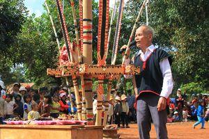 Lễ hội mừng lúa mới của người Xơ Đăng