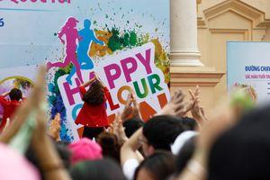 2.000 bạn trẻ tham dự đường chạy sắc màu tại Hải Phòng