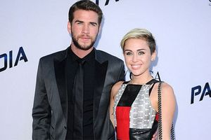 Miley Cyrus và Liam Hemsworth chuẩn bị kết hôn