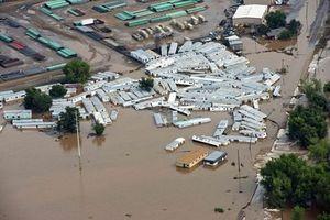 Những hình ảnh kinh hoàng đầy ám ảnh về lũ lụt