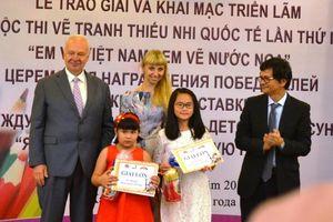 Trao giải Cuộc thi 'Em vẽ Việt Nam - Em vẽ nước Nga'