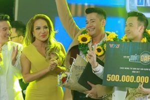 Dương Triệu Vũ đăng quang trong show Mr. Đàm làm giám khảo