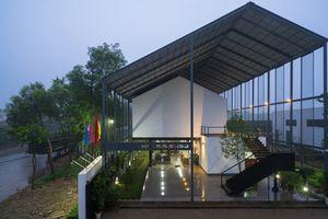 Hình ảnh nhà mái đôi, thiết kế cực lạ ở Nghệ An