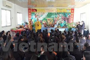 Người Việt Nam tại Angola mừng Đại lễ Phật Đản