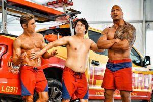 'Baywatch': Phim đậm tình trai của The Rock và Zac Efron