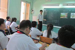 Giáo viên dạy các môn chuyên ngành bằng Tiếng Anh: Cung không đủ cầu