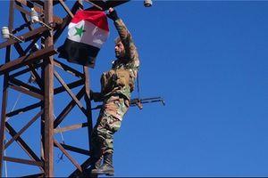 IS nếm trái đắng sau đòn tấn công của quân đội Syria trên cao tốc Khanasser-Ithriya