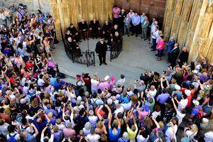 Tòa án Nước nghìn năm ở Tây Ban Nha: Phép vua thua lệ làng