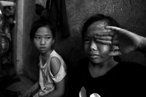 Tiếng khóc nhớ mẹ, nỗi khát chữ của ba đứa trẻ mồ côi giữa Sài Gòn