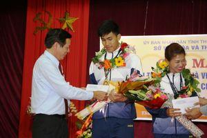Huế thưởng nóng 2 VĐV trẻ đoạt HCV SEA Games 29