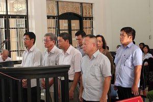 Xét xử vụ lừa đảo ở Agribank Trà Vinh: Mâu thuẫn lời khai, tòa trả hồ sơ điều tra bổ sung