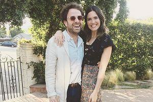 Mandy Moore đính hôn với bạn trai mới