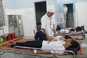 Kon Tum: Hơn 80 học sinh ngộ độc vì ăn bánh và sữa miễn phí