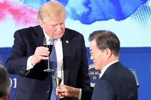 Hàn Quốc linh đình mở quốc yến chiêu đãi vợ chồng Tổng thống Trump