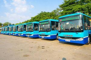 Hà Nội vận hành thử nghiệm 15 xe buýt mới tiêu chuẩn Châu Âu