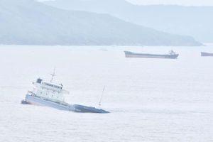 Trục vớt tàu chìm gắn với ứng phó tràn dầu tại Quy Nhơn