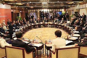 TPP 11 họp xuyên đêm: Đàm phán lại để thống nhất 4 điểm vướng mắc