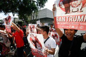 Người dân Philippines biểu tình dữ dội 'chào đón' Tổng thống Trump