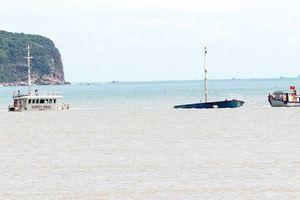 Bão số 13 tan trên Biển Đông, hậu quả của bão số 12 vẫn còn rất nặng nề