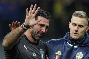 Thủ môn huyền thoại Buffon nức nở chia tay Italia