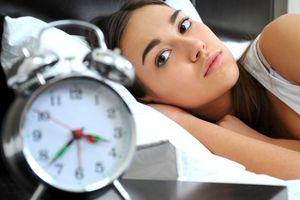 Hãy bỏ thuốc ngủ và ăn những thực phẩm lành mạnh tốt cho giấc ngủ