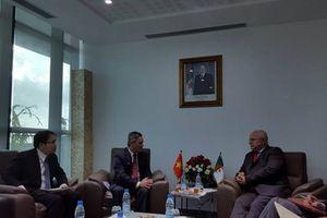 Việt Nam-Algeria phối hợp tháo gỡ khó khăn cho doanh nghiệp hai nước