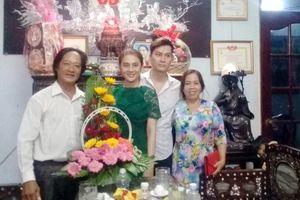 Lâm Chí Khanh và bạn trai kém 8 tuổi rạng rỡ trong ngày dạm ngõ