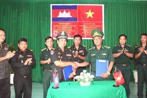 BĐBP An Giang tăng cường kết nghĩa với lực lượng Biên phòng Campuchia