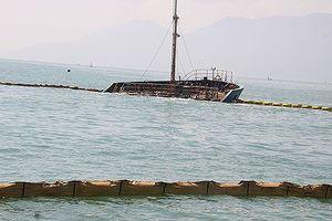 Trong tháng 11 trục vớt xong tàu hàng bị chìm trên biển Quy Nhơn