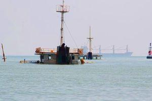 10.000 lít dầu trên tàu hàng bị chìm 'bốc hơi' bí ẩn