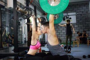 7 năm yêu nhau của cặp đôi cùng mê tập gym