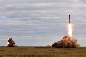 'Rồng lửa' Iskander hủy diệt mục tiêu ở khoảng cách 130km