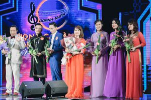 21 giọng ca vào chung kết 'Giọng hát Vàng doanh nhân'