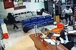 Đối tượng nổ súng bắn bảo vệ, cướp ngân hàng Agribank