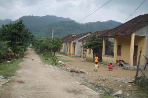 Quảng Ngãi: Hàng trăm dân nghèo chưa kịp nhận đền bù đã bị tín dụng đen xiết nợ