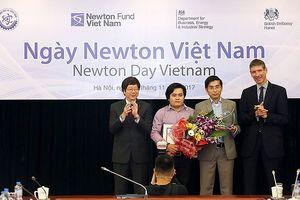 Đại học Duy Tân và Queen's Belfast nhận giải 'Newton Prize 2017'