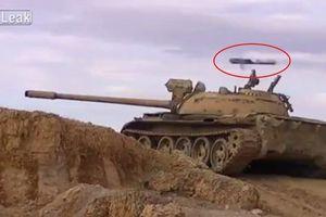 Phiến quân nã tên lửa chống tăng, T-55 Syria 'chết hụt' trong gang tấc