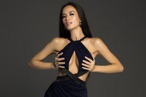 'Đối thủ nóng bỏng' của Minh Tú diện đầm ôm, khoét ngực phô diễn đường cong triệt để