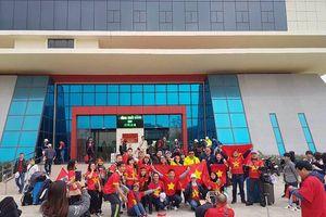 Hàng ngàn người sang Thường Châu tiếp sức mạnh cho U23 Việt Nam