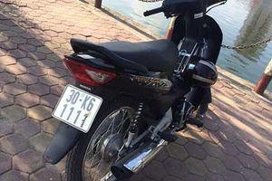 Loạt xe máy Honda Wave biển khủng 'giá chát' tại VN
