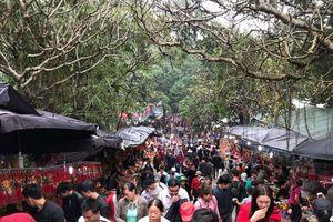 Khai hội chùa Hương xuân Mậu Tuất