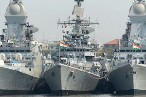 Ấn Độ điều 8 tàu chiến đề phòng Trung Quốc